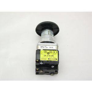 REES 40102-201 Operatore a pulsante con arresto positivo, nero | AX3LRH
